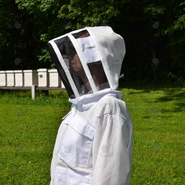 Beekeeper jacket with head protection